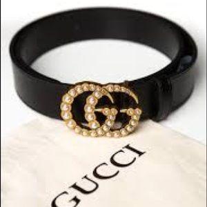 Gucci pearl belt
